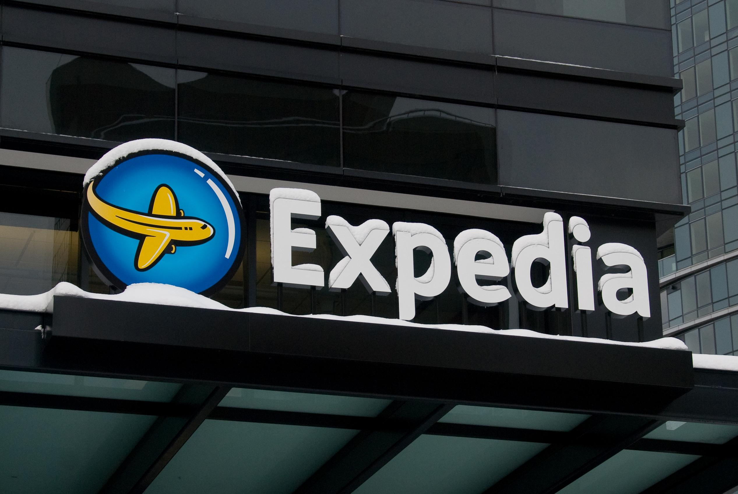 In-Depth Look at Expedia Link Schemes [LinkResearchTools]