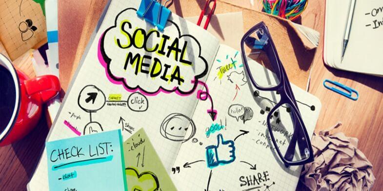 informed-social-media-decision