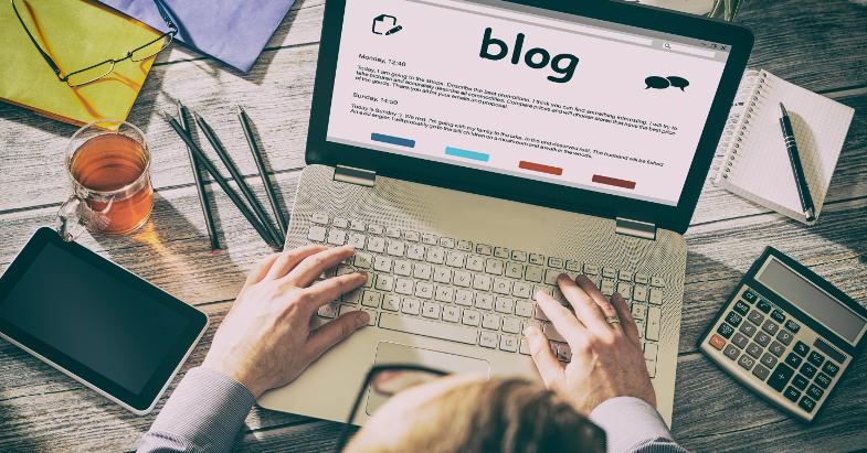 Online Blogging Concept