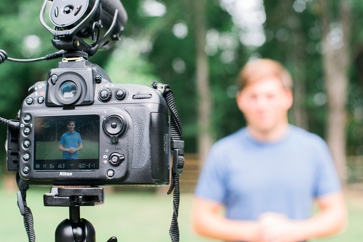 working with vloggers