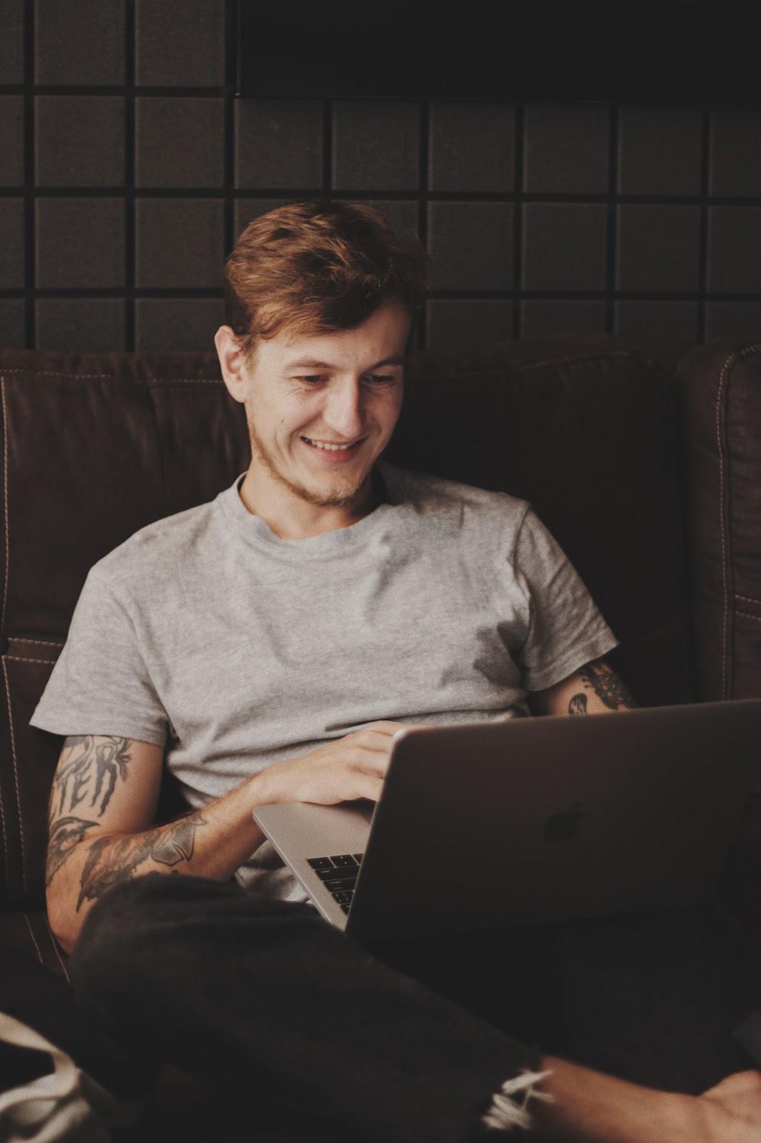 landing page, laptop